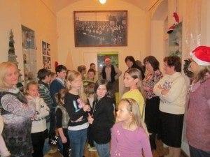Skolenu pils Rigas skolu muzejs 2013.12.10-2014.01.31 Ruku izstade1